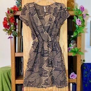 My Story Geometric Faux Wrap Short Sleeve Dress S